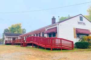 Turnkey Motel For Sale in Oregon County, MO