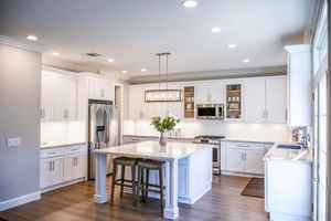 Turnkey Kitchen Remodeler with Lucrative Niche