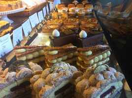 bakeries-with-cafes-california
