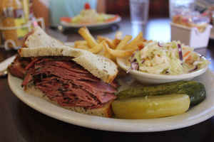 midwest-kosher-deli-catering-and-restaurant-o-fallon-missouri