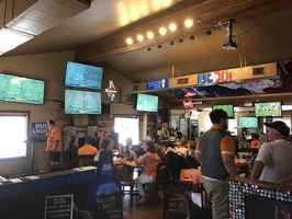 sports-bar-and-grill-washington-ave-houston-texas