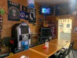 Bar & Restaurant with Property in Henagar, AL!