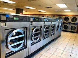 Absentee-Owned Laundromat w/Property in Biloxi, MS